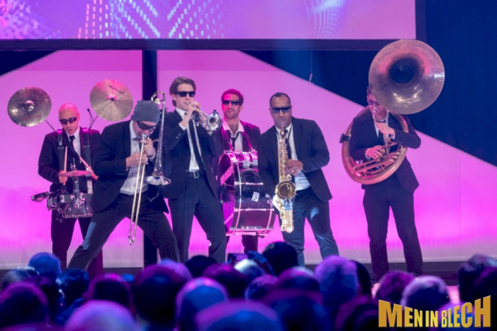 mobile-band-fuer-gala-events-kongresse-grossveranstaltungen-firmenevents-weihnachtsfeier-1