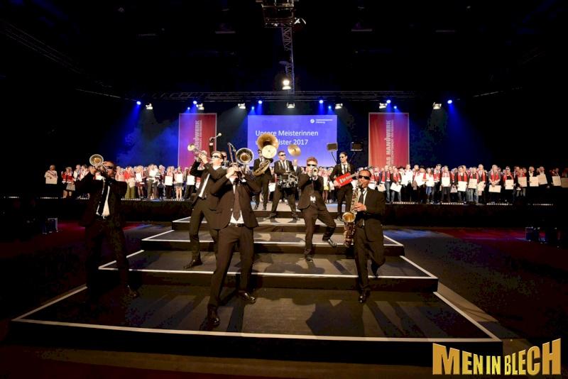mobile-band-fuer-gala-events-kongresse-grossveranstaltungen-firmenevents-weihnachtsfeier-19