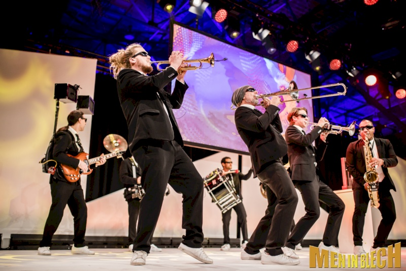 mobile-band-fuer-gala-events-kongresse-grossveranstaltungen-firmenevents-weihnachtsfeier-8